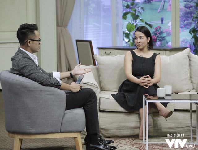 Diva Mỹ Linh dí dỏm kể xấu chồng trong Bản thiết kế cuộc sống - Ảnh 4.