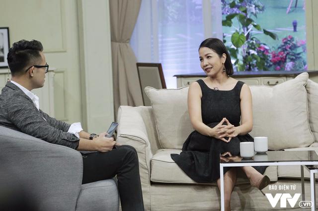 Diva Mỹ Linh dí dỏm kể xấu chồng trong Bản thiết kế cuộc sống - Ảnh 1.
