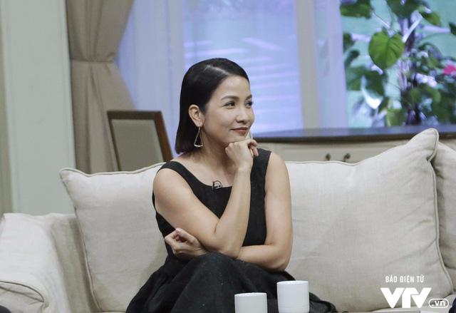 Diva Mỹ Linh dí dỏm kể xấu chồng trong Bản thiết kế cuộc sống - Ảnh 5.