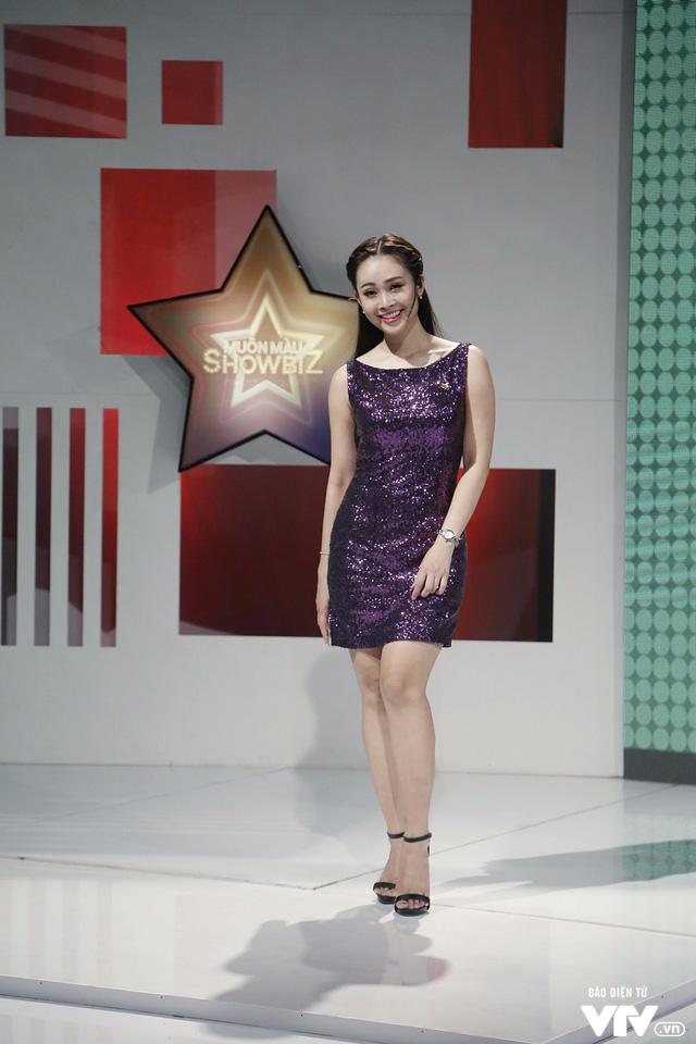 MC Thùy Linh tự nhận là cô nàng bánh bèo của Muôn màu Showbiz - Ảnh 3.