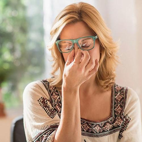 10 dấu hiệu của stress mà bạn không ngờ tới - Ảnh 1.