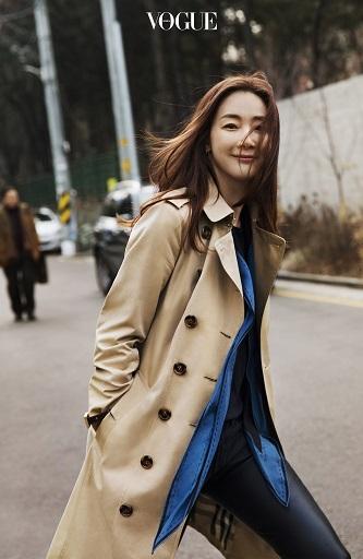 Choi Ji Woo lọt Top sao ăn mặc sành điệu nhất xứ Hàn - Ảnh 6.
