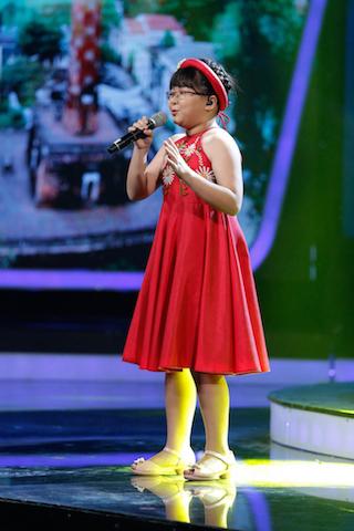 Lộ diện thí sinh khiến Văn Mai Hương lần đầu sởn gai ốc tại Vietnam Idol Kids 2017 - Ảnh 2.