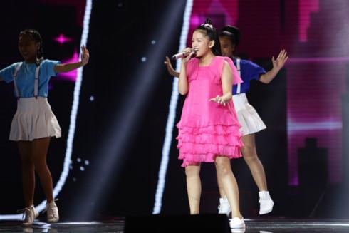 Nhìn lại top 15 thí sinh xuất sắc nhất của Giọng hát Việt nhí 2017 - Ảnh 11.