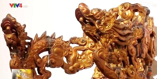 Triển lãm đồ gỗ sơn son thếp vàng tại Hà Nội - Ảnh 1.