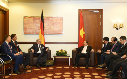 Thủ tướng tiếp lãnh đạo các doanh nghiệp lớn của Đức - Ảnh 1.
