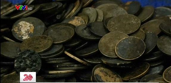 Tìm thấy gần 1.000 đồng tiền xu trong... ruột rùa biển tại Thái Lan - Ảnh 1.