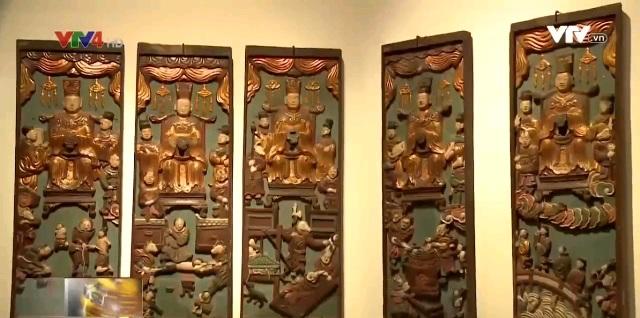 Triển lãm đồ gỗ sơn son thếp vàng tại Hà Nội - Ảnh 2.