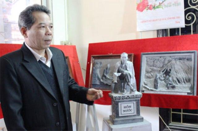 Gặp gỡ nghệ nhân 20 năm lưu giữ hình tượng Bác Hồ trên đá - ảnh 1