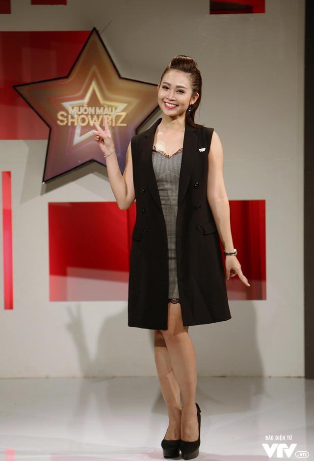 MC Thùy Linh tự nhận là cô nàng bánh bèo của Muôn màu Showbiz - Ảnh 1.
