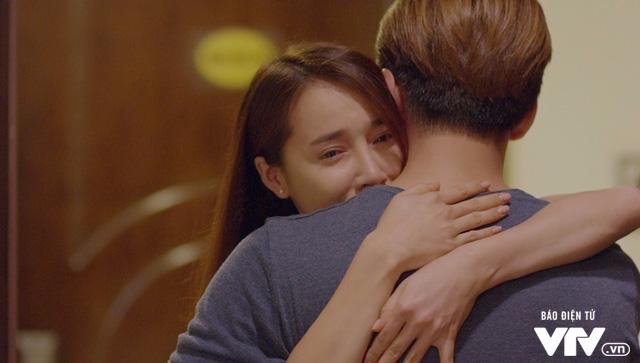 Tuổi thanh xuân 2 - Tập 36: Lưu luyến không rời, Linh và Junsu chia tay đầy nước mắt - Ảnh 14.