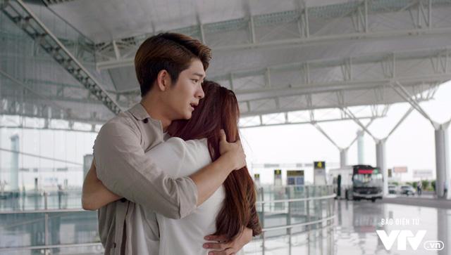 Tuổi thanh xuân 2 - Tập 36: Lưu luyến không rời, Linh và Junsu chia tay đầy nước mắt - Ảnh 26.