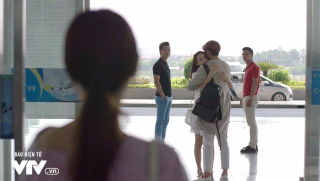 Tuổi thanh xuân 2 - Tập 36: Lưu luyến không rời, Linh và Junsu chia tay đầy nước mắt - Ảnh 27.