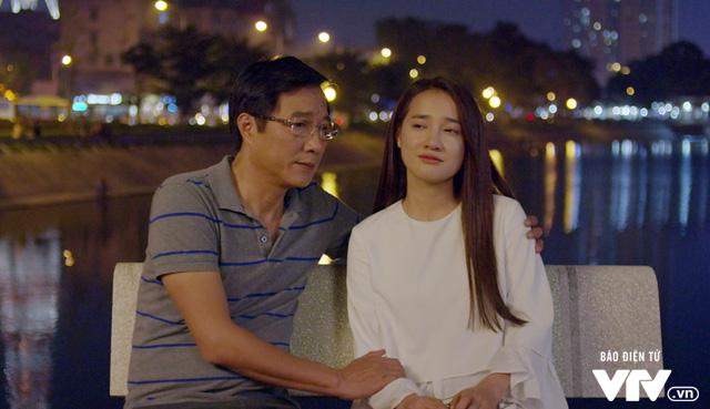 Tuổi thanh xuân 2 - Tập 36: Lưu luyến không rời, Linh và Junsu chia tay đầy nước mắt - Ảnh 4.
