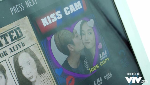 Tuổi thanh xuân 2 - Tập 36: Lưu luyến không rời, Linh và Junsu chia tay đầy nước mắt - Ảnh 8.
