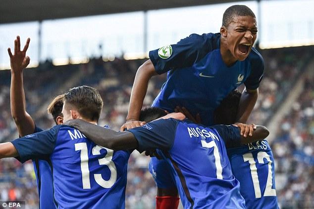 فرنسا وأوكرانيا بث مباشر شباب بطولة أوروبا تحت 19 سنة