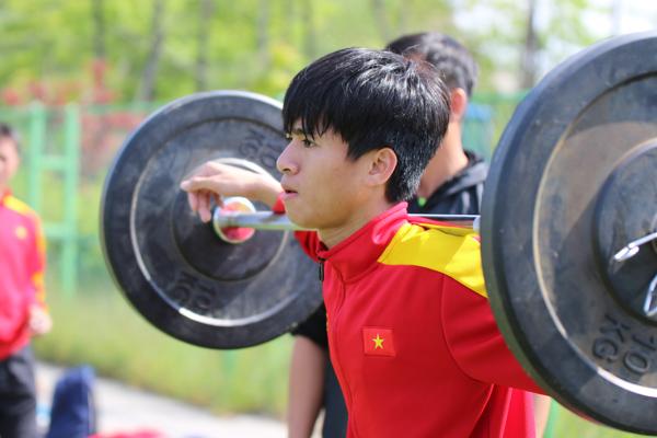 Phan Thanh Hậu ở lại, U20 Việt Nam chốt danh sách 21 cầu thủ dự VCK World Cup U20 - Ảnh 1.