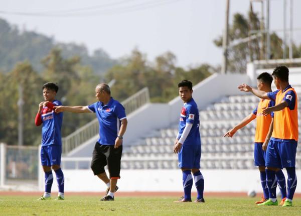 U23 Việt Nam tích cực rèn quân chờ gặp U23 Uzbekistan ở M-150 Cup 2017 - Ảnh 11.