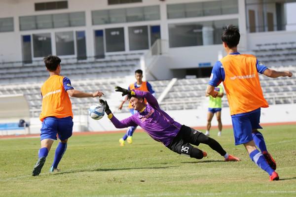 U23 Việt Nam tích cực rèn quân chờ gặp U23 Uzbekistan ở M-150 Cup 2017 - Ảnh 10.