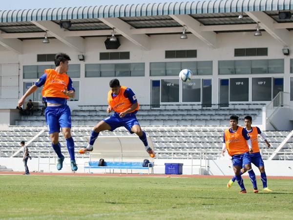 U23 Việt Nam tích cực rèn quân chờ gặp U23 Uzbekistan ở M-150 Cup 2017 - Ảnh 9.