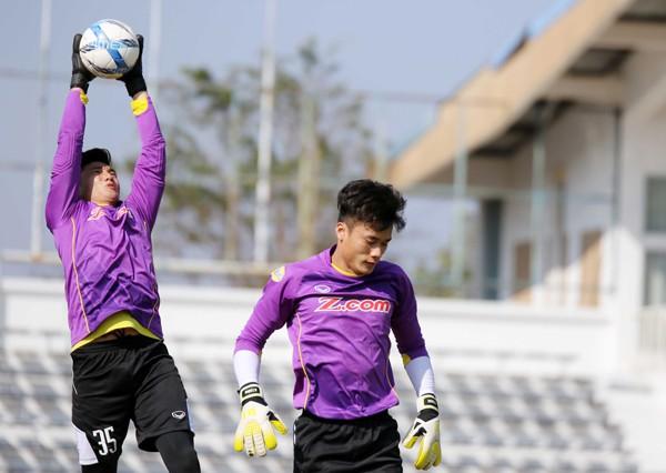 U23 Việt Nam tích cực rèn quân chờ gặp U23 Uzbekistan ở M-150 Cup 2017 - Ảnh 6.