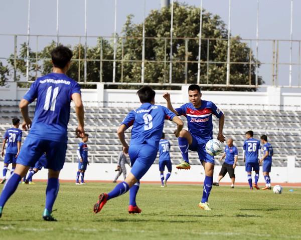 U23 Việt Nam tích cực rèn quân chờ gặp U23 Uzbekistan ở M-150 Cup 2017 - Ảnh 3.