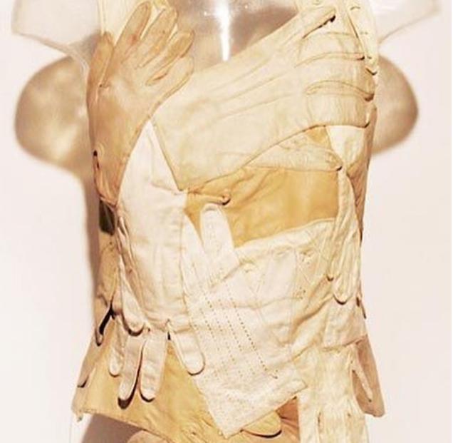 Những thiết kế thời trang vừa độc vừa dị đến khó tin - Ảnh 8.