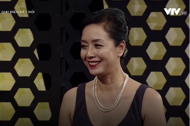 MC - BTV Anh Tuấn phiêu với màn hát tiếng Pháp của NSƯT Chiều Xuân - Ảnh 1.