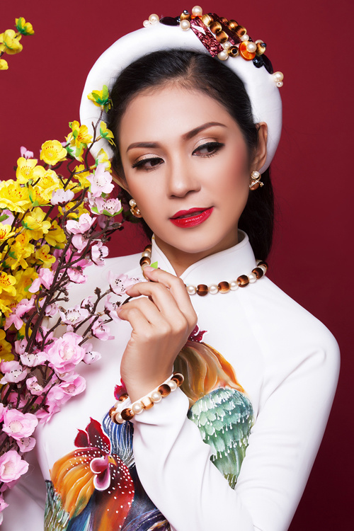 Ngắm bộ ảnh xuân của người đẹp không tuổi Việt Trinh - Ảnh 6.