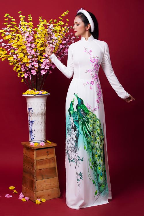 Ngắm bộ ảnh xuân của người đẹp không tuổi Việt Trinh - Ảnh 4.