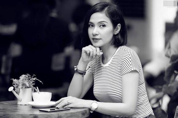 Người đẹp Tây Đô Việt Trinh bồi hồi nhớ về thời kỳ đỉnh cao danh vọng - Ảnh 2.