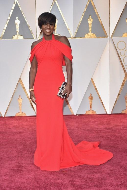 Cuộc chiến trang phục thảm đỏ tại Oscar - Ảnh 13.