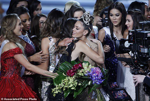 Người đẹp Nam Phi giành vương miện Hoa hậu Hoàn vũ 2017 - Ảnh 3.