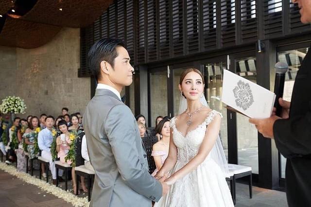 Trịnh Gia Dĩnh và vợ mới cưới không sống chung? - Ảnh 1.