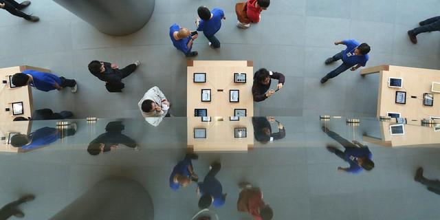 Apple tốn hàng tỷ USD mỗi năm vì nạn sửa chữa iPhone lậu ở Trung Quốc - Ảnh 2.