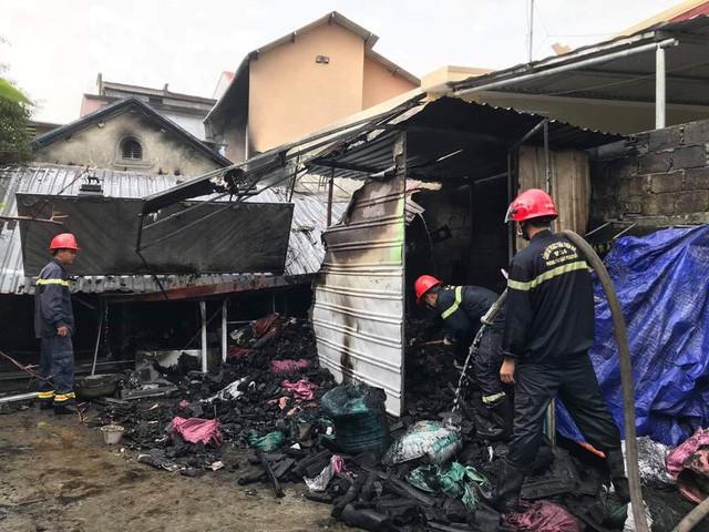 TP Huế: Cháy nhà bán than, 1 cụ bà tử vong - Ảnh 1.