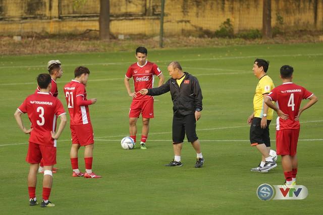 HLV Park Hang Seo giấu bài cả 3 trận giao hữu của ĐT Việt Nam trước AFF Cup 2018 - Ảnh 1.