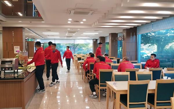 AFF Cup 2018: ĐT Việt Nam đã có mặt tại Paju, sẵn sàng cho đợt tập huấn - Ảnh 3.