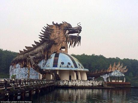 4 điểm du lịch ở Việt Nam khiến khách vừa đi vừa rùng mình sợ hãi - Ảnh 8.