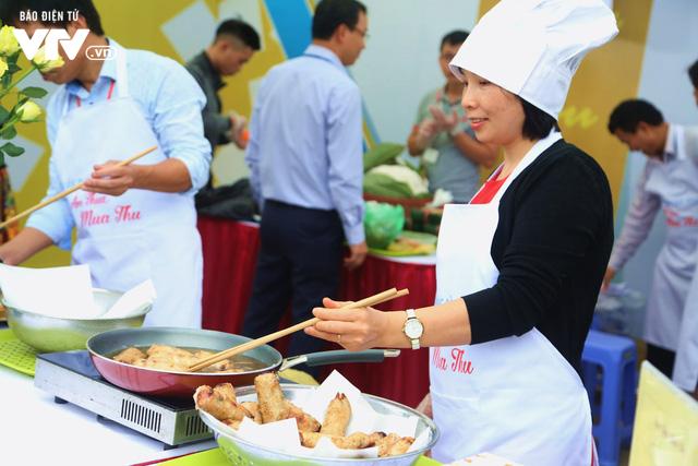 Náo nhiệt Hội thi Ẩm thực VTV 2018 chào mừng ngày Phụ nữ Việt Nam - Ảnh 8.