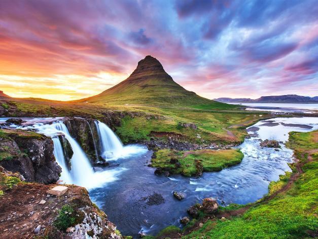 Bí mật về những ngọn núi đẹp nhất thế giới - Ảnh 3.