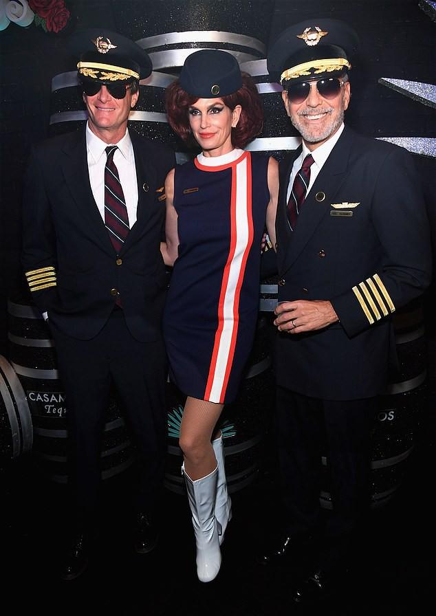 Những trang phục ấn tượng dịp Halloween của dàn sao Hollywood - Ảnh 7.