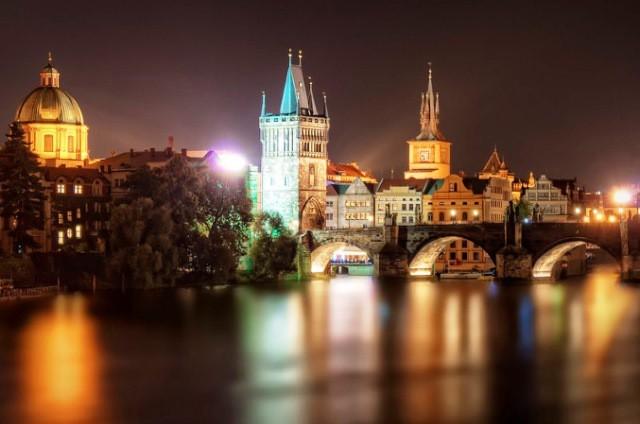 5 lý do bạn nên lạc lối ở Prague vào mùa Thu - Ảnh 2.