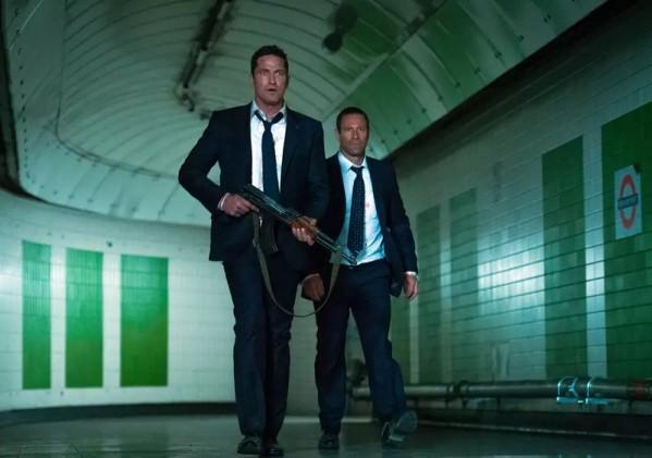 Những pha hành động thót tim của nam tài tử Gerard Butler trên màn ảnh rộng - Ảnh 8.