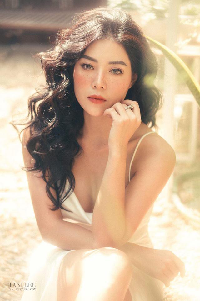 Diễn viên Thanh Hương để mặt tàn nhang hút ánh nhìn trong bộ ảnh mới - Ảnh 5.