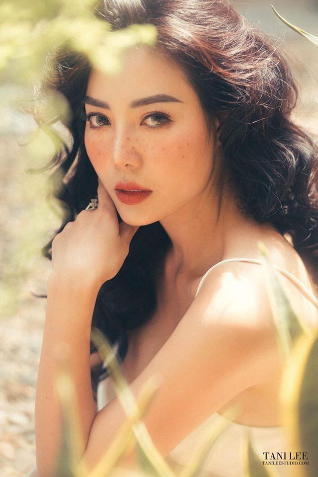 Diễn viên Thanh Hương để mặt tàn nhang hút ánh nhìn trong bộ ảnh mới - Ảnh 1.