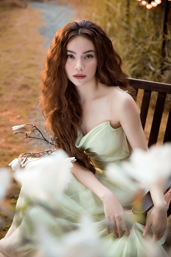Hồ Ngọc Hà đẹp tựa nữ thần trong loạt ảnh mới - Ảnh 5.