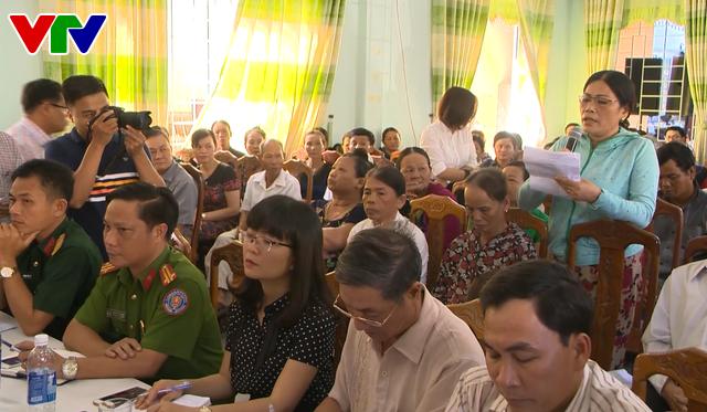 Chính quyền TP. Đà Nẵng đối thoại tìm hướng xử lý ô nhiễm bãi rác Khánh Sơn - Ảnh 1.