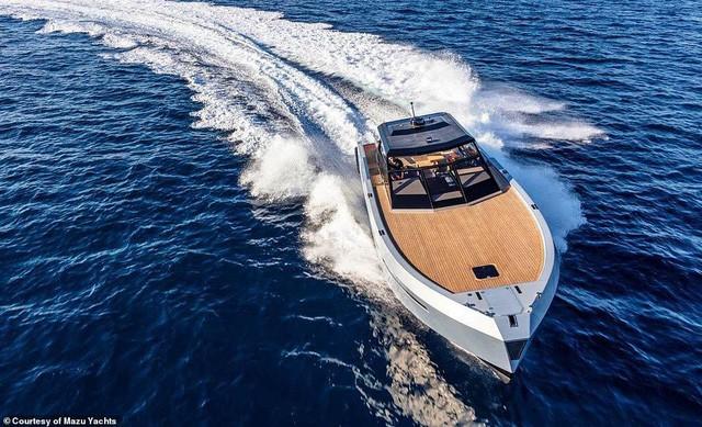Du thuyền cao tốc sang trọng nhất thế giới với giá 24 tỉ đồng trông như thế nào? - Ảnh 1.