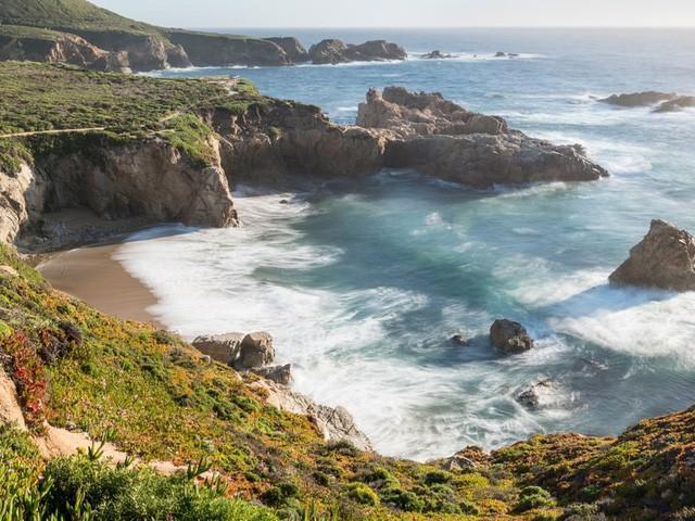 10 bãi biển tuyệt đẹp có nguy cơ biến mất - Ảnh 3.